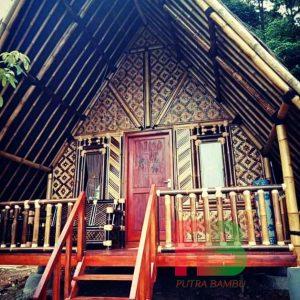 rumah bambu 1