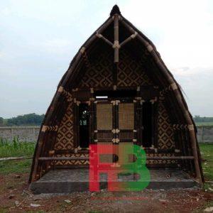 rumah bambu 3